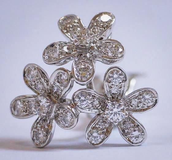 Van Cleef Arpels Earrings
