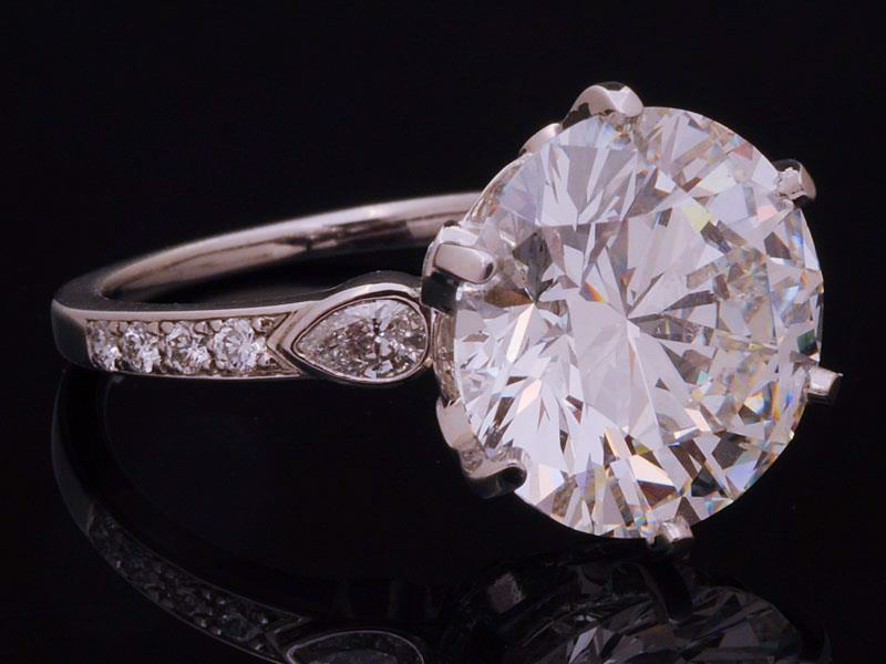 Sell a Diamond Ring in Omaha Nebraska