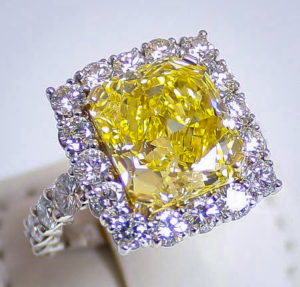 An Important Thing To Take Note Of Especially When Ing A Diamond Ring Is The Size S Remember That 1 Carat Going Be